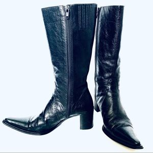 BLACK LEATHER BELOW THE KNEE BOOTS